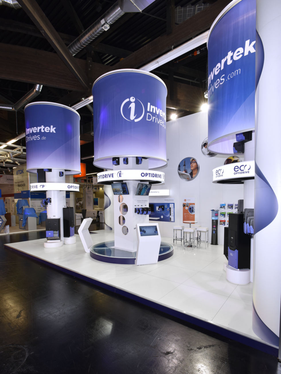bespoke exhibition stand - invertek